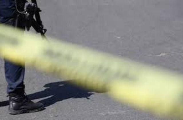 Asesinan a matrimonio en su casa y lesionan a hija, en Omealca