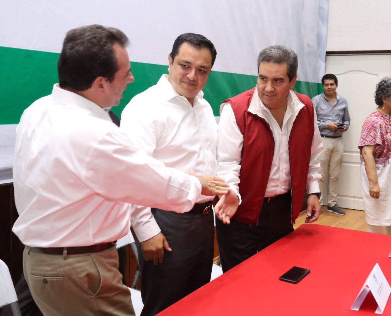 Rinde protesta Rojo García de Alba como delegado del CEN Veracruz