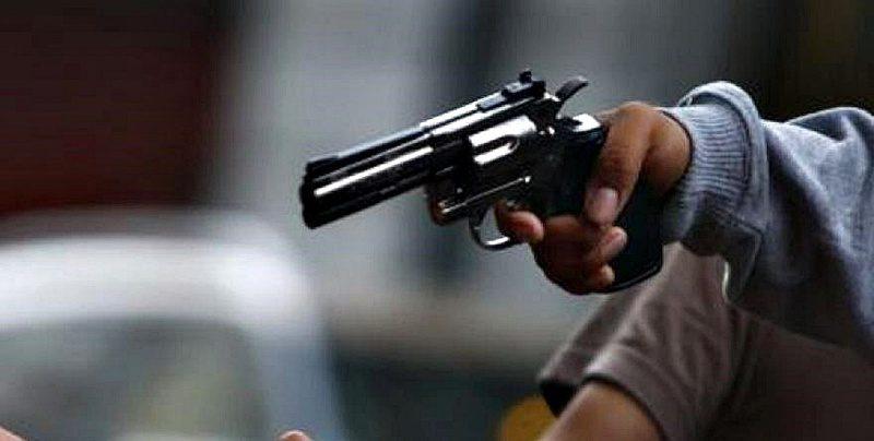 Militar en estado de ebriedad dispara contra dos, en Papantla