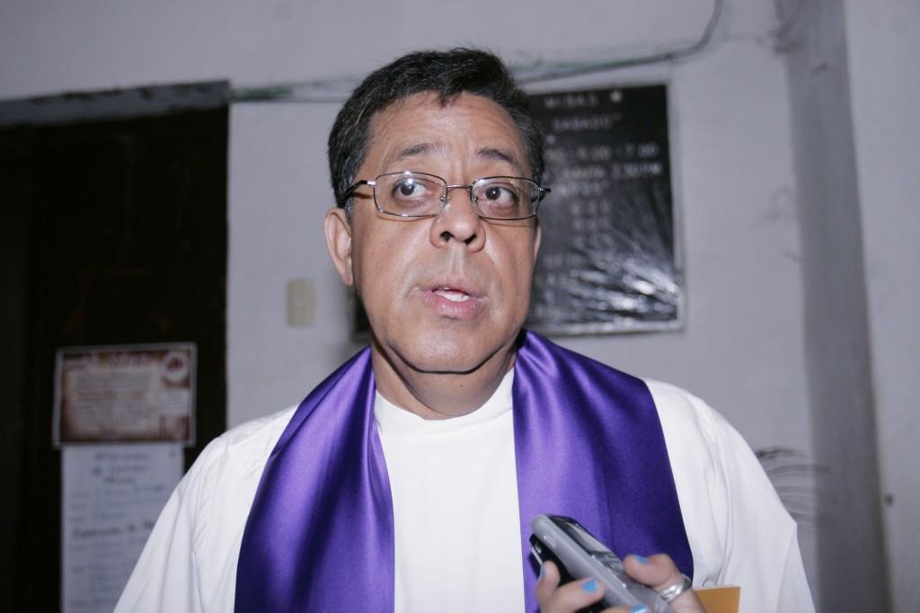 """""""Pescadores"""" vandalizan iglesias en la ciudad de Veracruz"""
