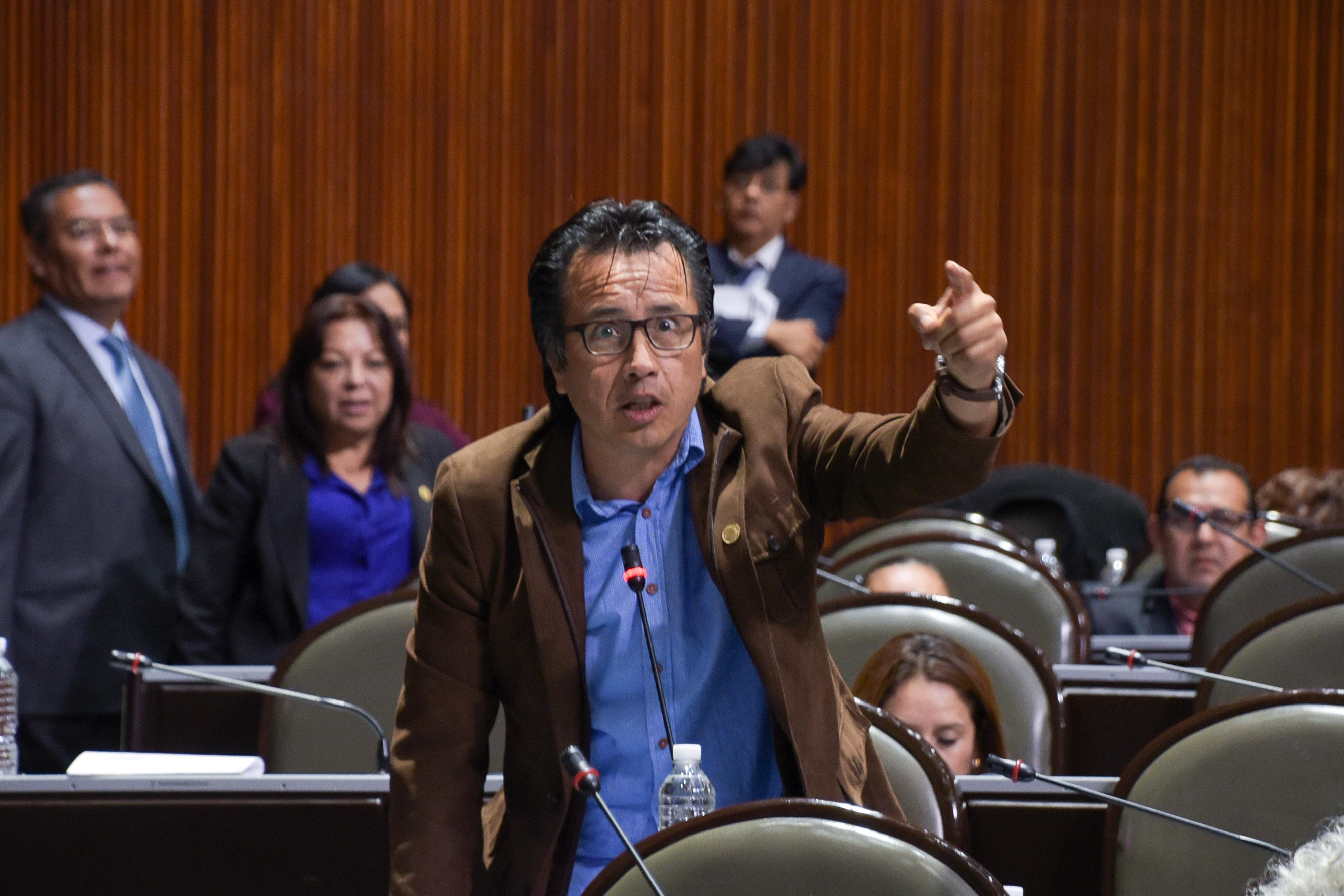 Cuitláhuac exige al PAN pruebas del supuesto apoyo de Duarte a Morena