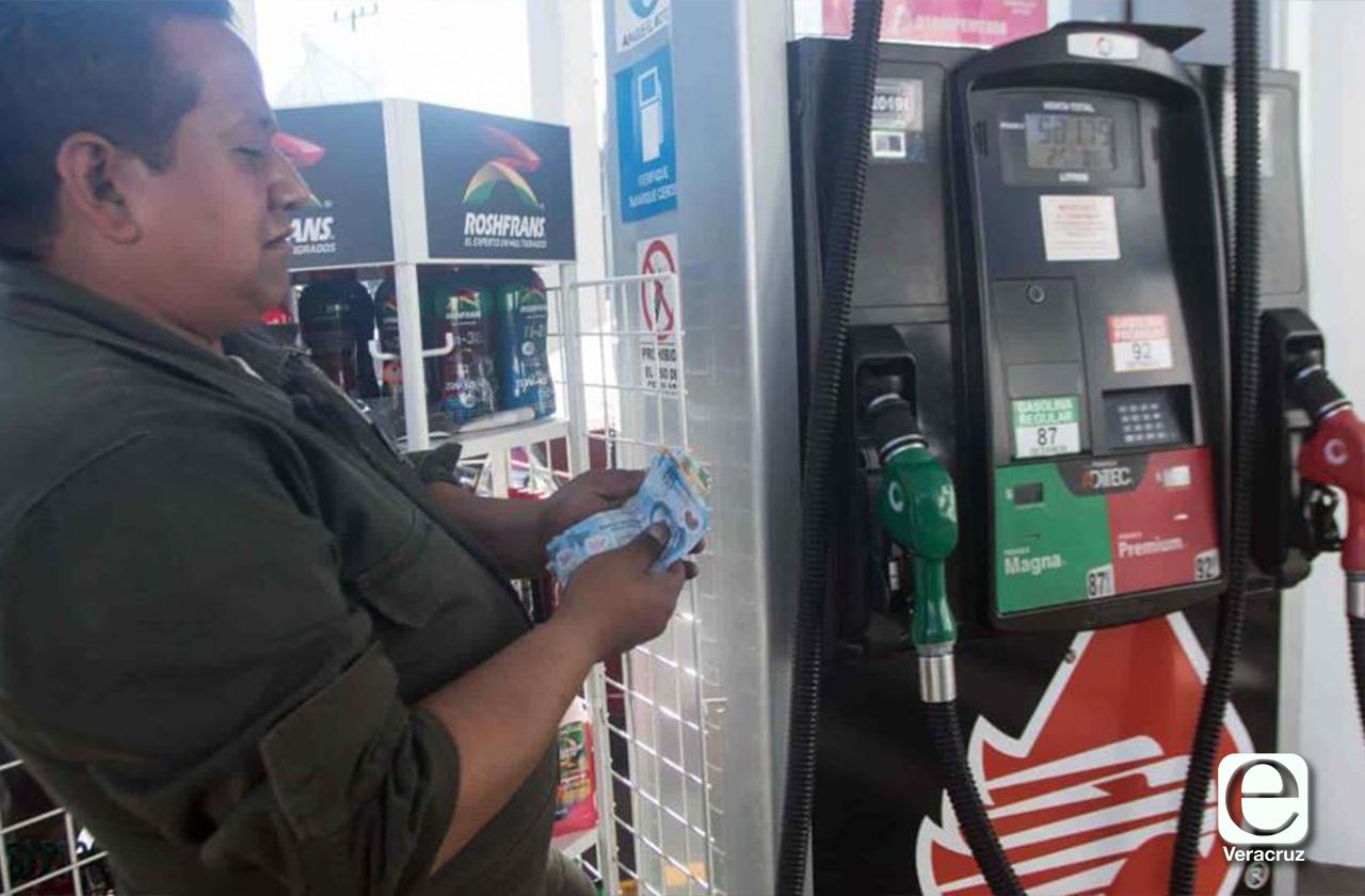 Bajos precios de gasolina premium y diésel en el Puerto