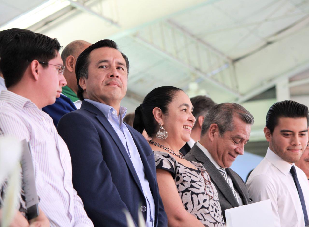 Cuitláhuac asegura que abogará por UV ante Hacienda por adeudo con el SAT