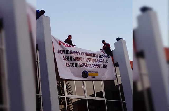 Alumnos de la Normal se declaran en paro indefinido; exigen seguridad y justicia