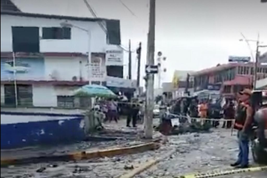 En Acayucan explota puesto de pirotecnia, no hay lesionados