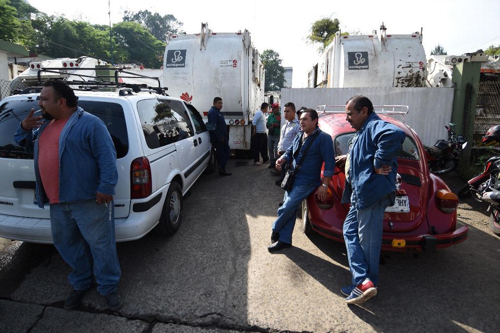 En paro laboral trabajadores de Limpia Pública de Xalapa