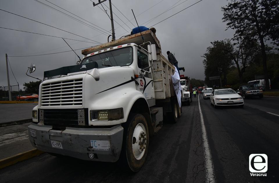 Constructores veracruzanos acusan que gobierno de AMLO les niega obras