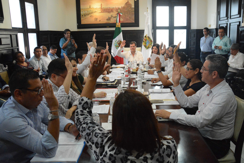 Aprueba Cabildo Porteño donación a microempresarios locales