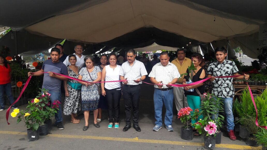 Inauguran Expo Flor en el Parque Reino Mágico