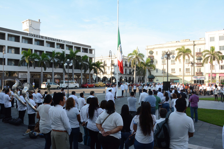 Encabeza Ramón Poo izado de Bandera por 170 aniversario de la Gesta Heroica de los Niños Héroes de Chapultepec