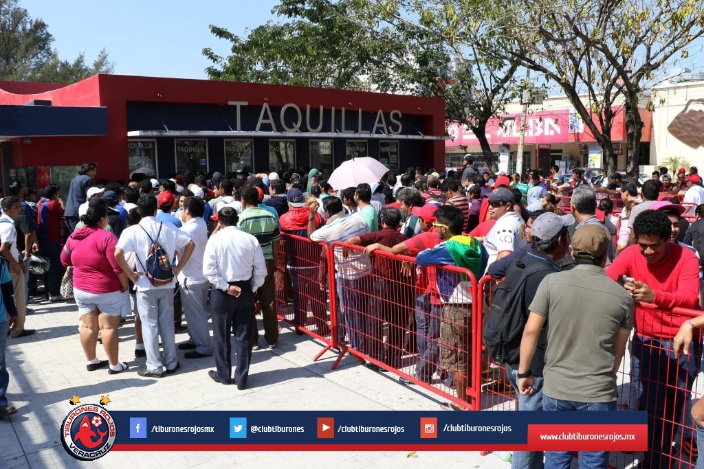 Veracruz pone localidades a 100 pesos para partido de Copa