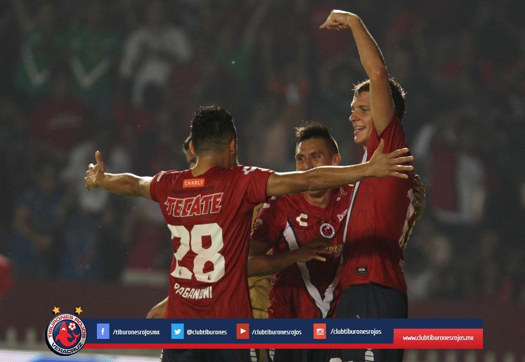 Pumas arrebata triunfo a Veracruz