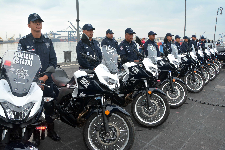 Asiste Ramón Poo a entrega de Patrullas a la Secretaría de Seguridad Pública