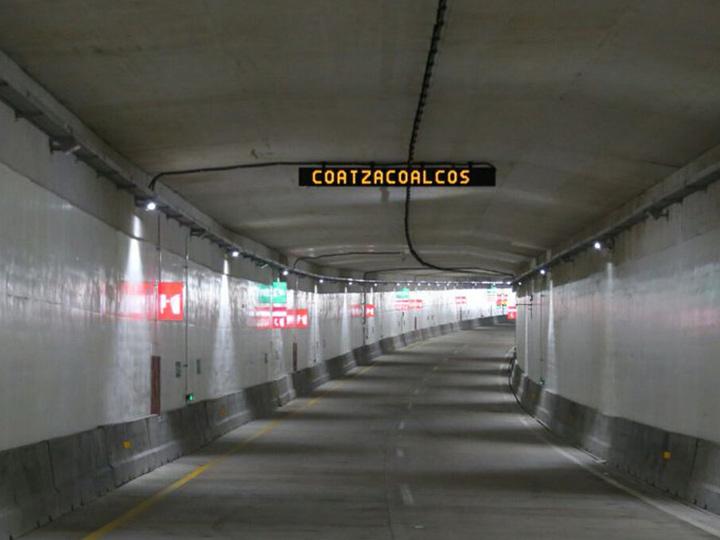 De nueva cuenta, en Coatza aumenta peaje en túnel sumergido