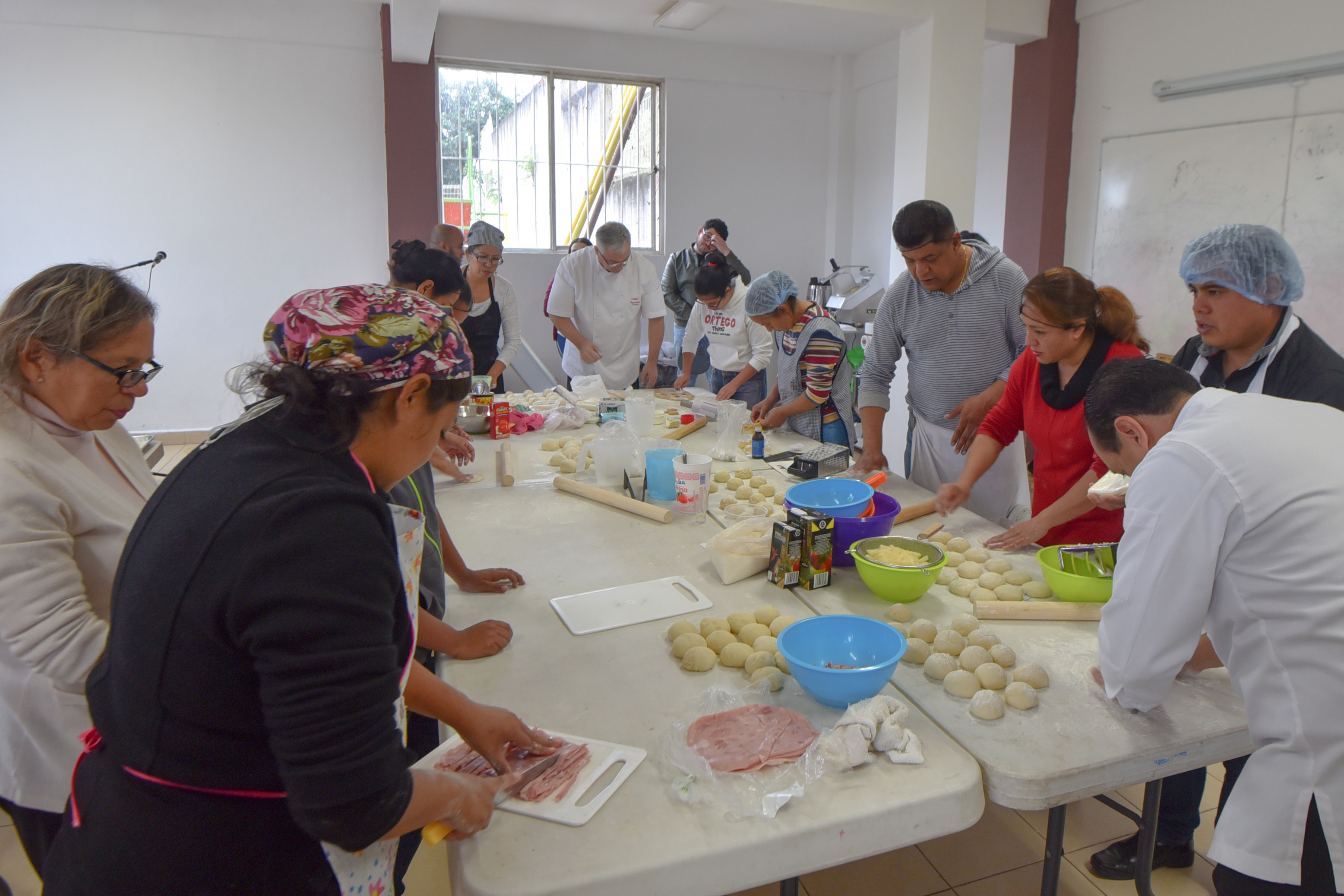 Inauguran Centro de Emprendimiento Comunitario Arroyo Blanco