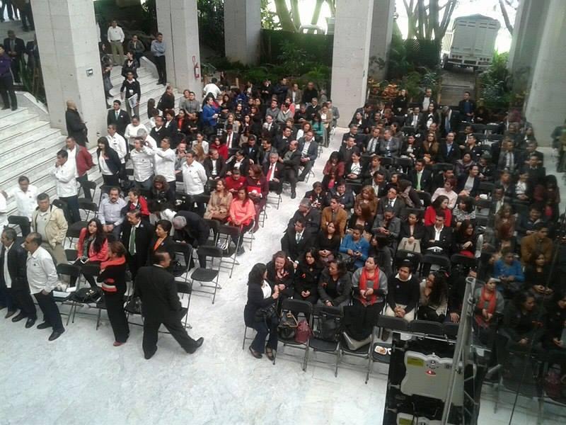 Sientan a maestros para escuchar comparecencia de Xóchitl Osorio