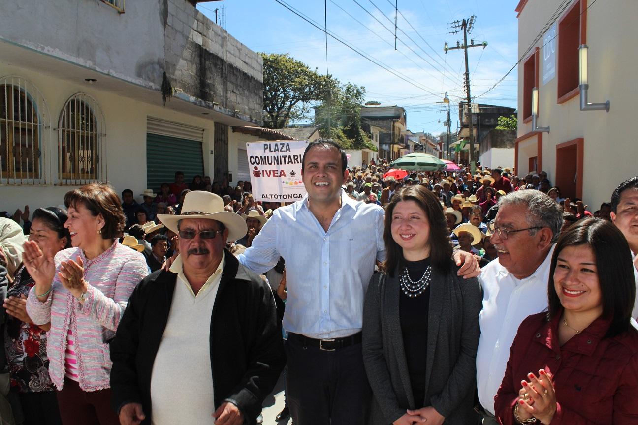 Inaugura Carlos Morales Centro de Desarrollo Comunitario de Altotonga