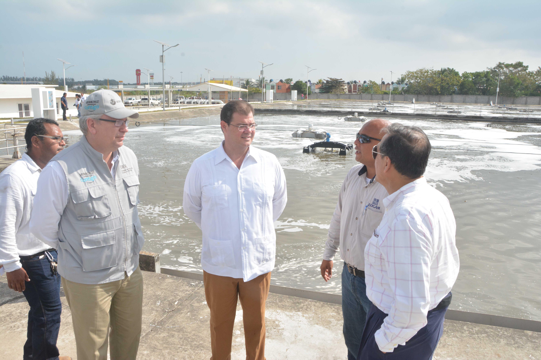 Inaugura Ramón Poo sistema hidráulico de planta de tratamiento Río Medio