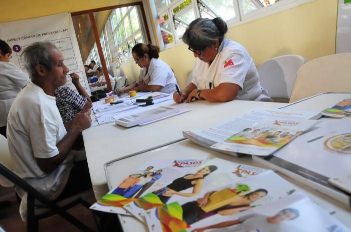 En México, terapia revolucionaria para erradicar cáncer de próstata