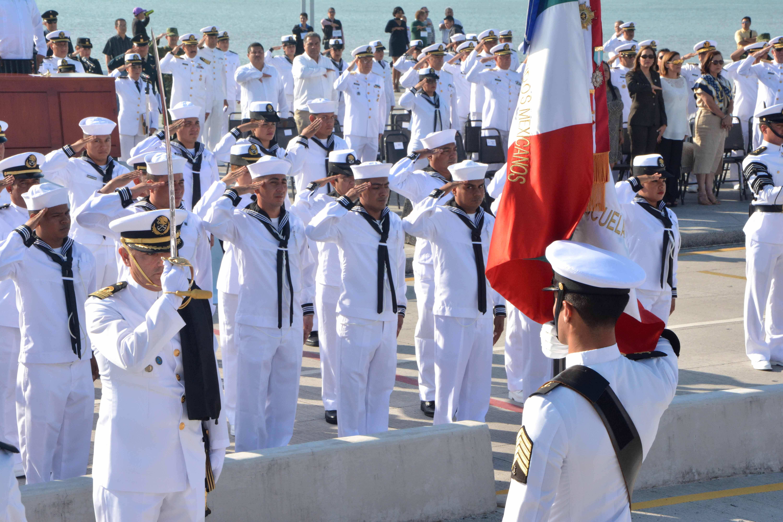 """Ramón Poo Gil asiste a conmemoración del """"Día de la Armada de México"""""""