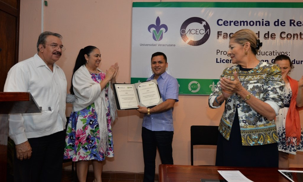 UV obtuvo dos nuevas acreditaciones de calidad: Contaduría y Administración