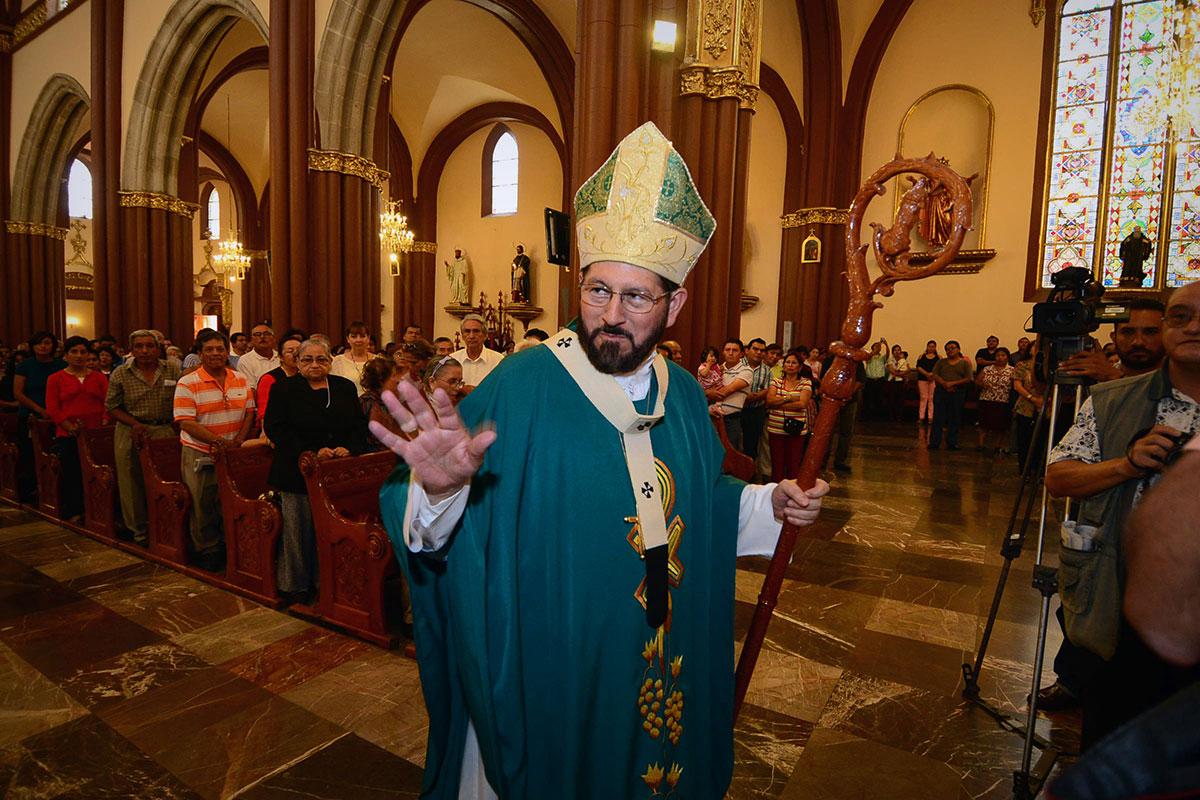 Obispos sugieren no perpetuar el poder de familias en Veracruz