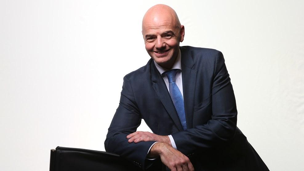 Infantino llega a la FIFA con la difícil tarea de devolverle credibilidad