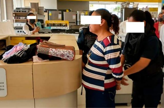 'Con las manos en la masa', detienen a mujer en Coppel de Coatza