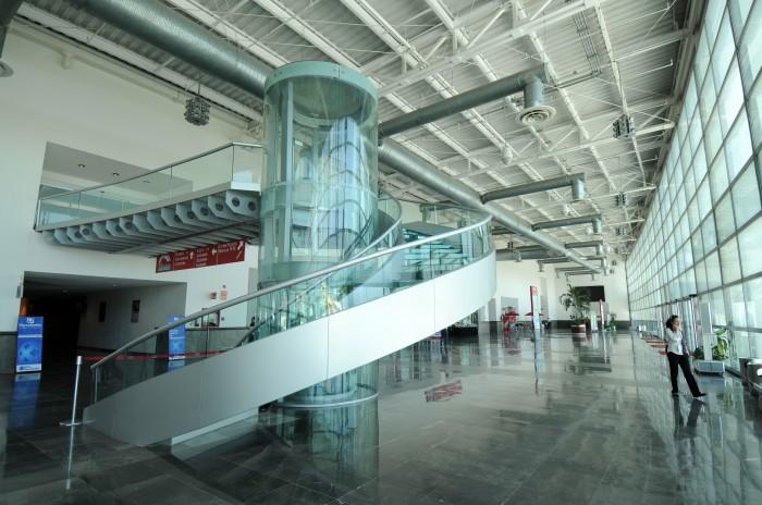 UV solicita el embargo del WTC y Velódromo en garantía de pago