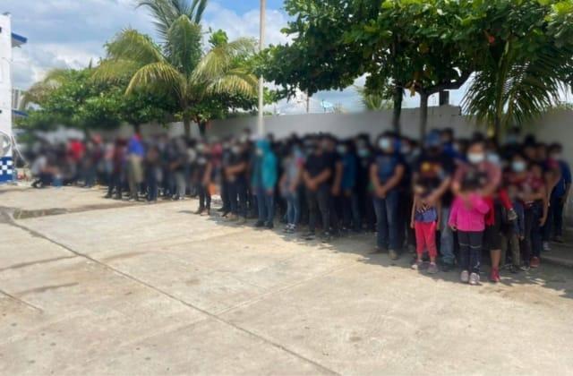 Resguardan a 178 migrantes al sur de Veracruz; 67 son menores