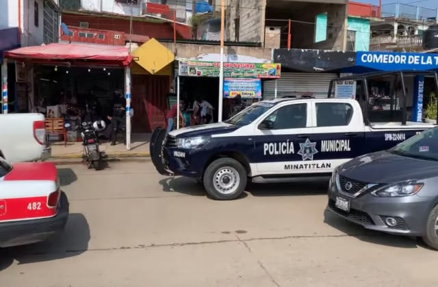 En ataque armado, asesinan a comensal de marisquería en Minatitlán