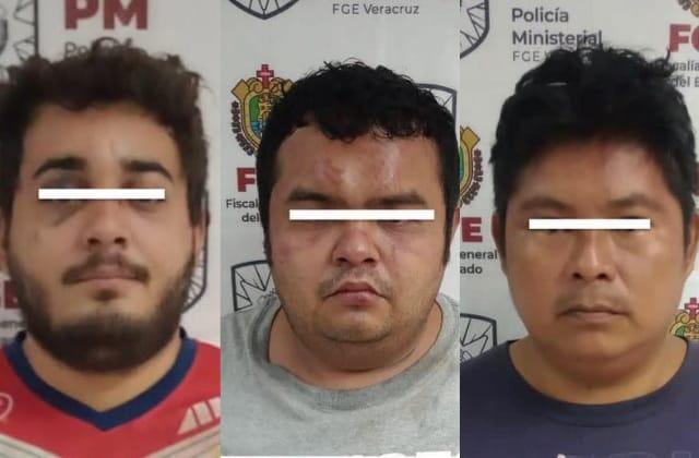 En balacera, detienen a presuntos asesinos de taxista en Coatza
