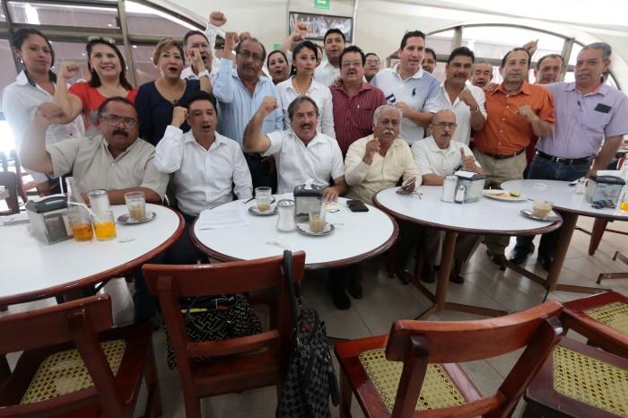En Veracruz Puerto Sección 32 se suma a reclamo por adeudos