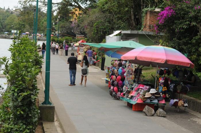 Canaco espera que ayuntamiento de Xalapa resuelva el ambulantaje