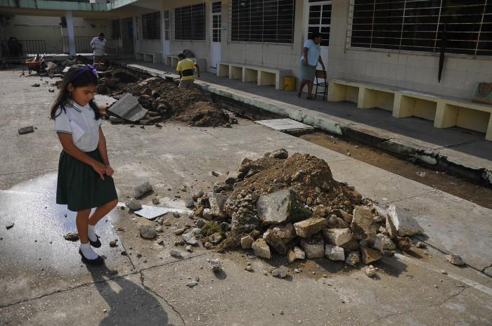 Sin infraestructura certificada, más de 137 mil escuelas en el país