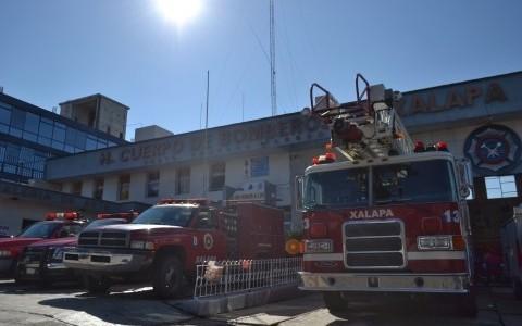 Hasta 30 llamadas de auxilio diarias a bomberos Xalapa por fin de año