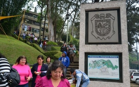 Universidad Veracruzana podría ser embarga por el SAT
