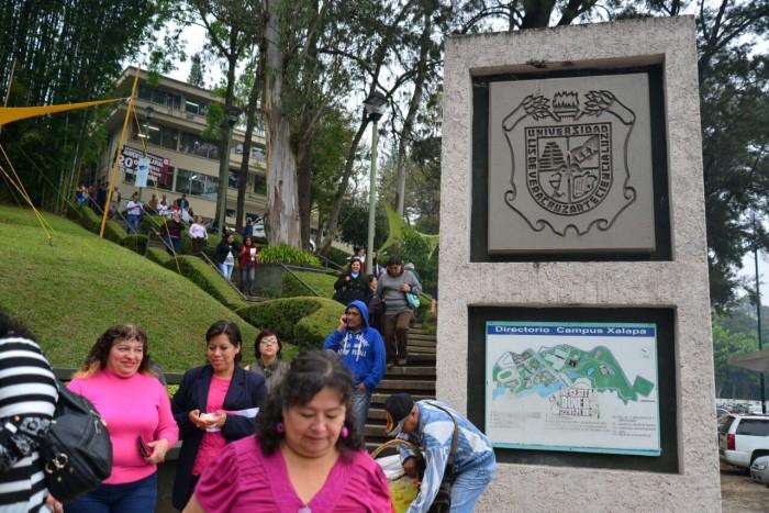 SAT promete no embargar bienes a la UV por deuda de Duarte