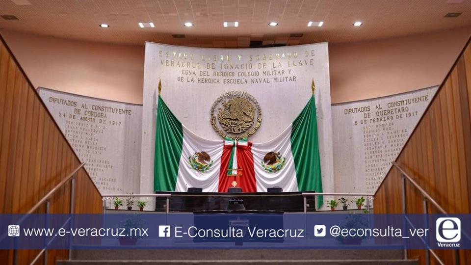 En medio de escándalos PAN retiene el control en congreso de Veracruz