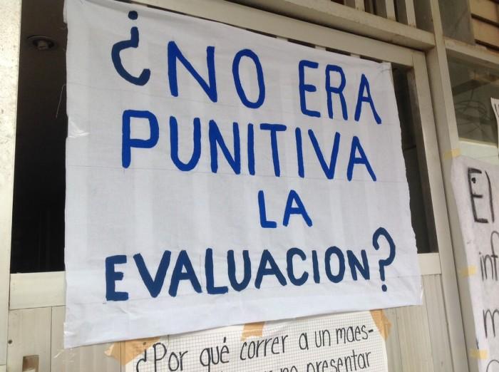 Anuncia CNTE rutas política y jurídica para evitar despido de 3 mil 360 docentes