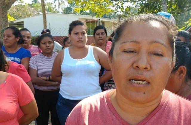 En medio de 'calorón', ejido de Coatza no tiene agua potable