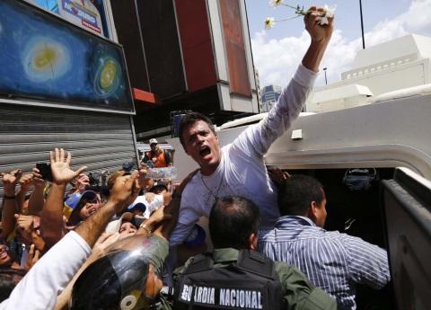 Liberan a Leopoldo López