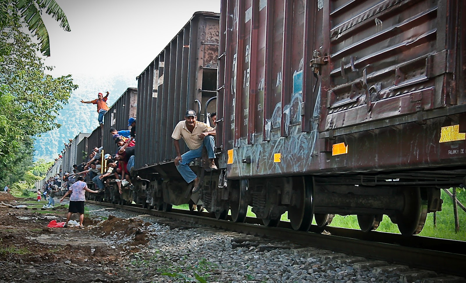 Migrantes no quieren pasar por Córdoba; buscan otras rutas