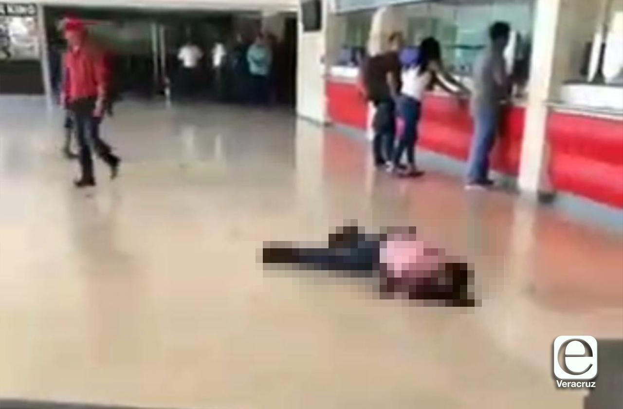 Asesinan a hombre en ADO de Coatza