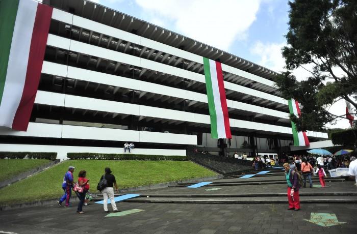 Informe de Yunes Linares no incluirá apartado de deuda