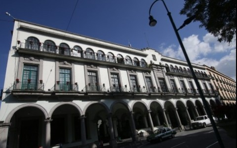 """470 empleados de confianza """"heredará"""" nueva administración xalapeña"""
