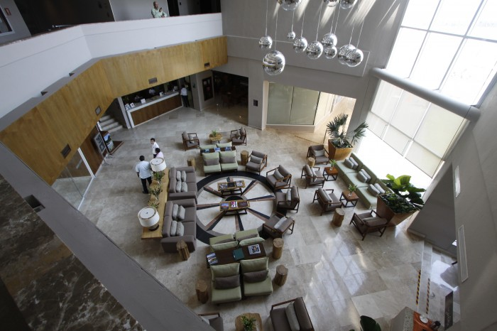 Hoteleros de Córdoba buscan amparo contra altas tarifas de CFE