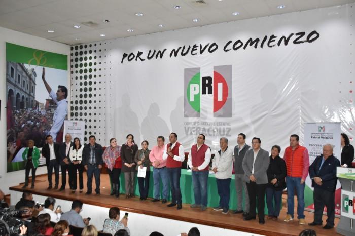A finales de enero se conocerán precandidatos a diputados: PRI