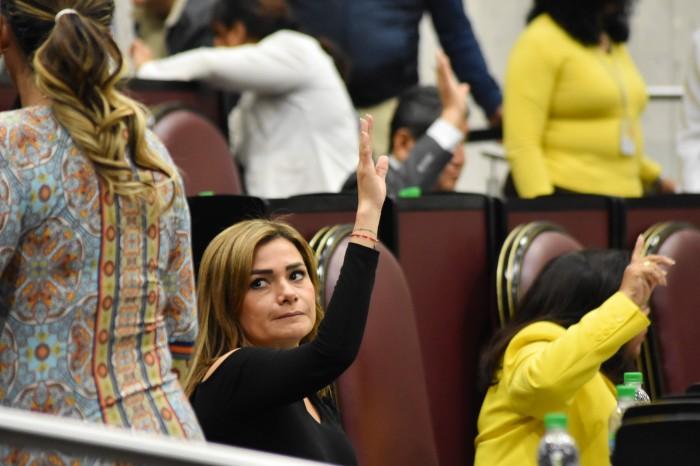 Maryjose Gamboa pide a diputado cesar hostilidad contra periodistas