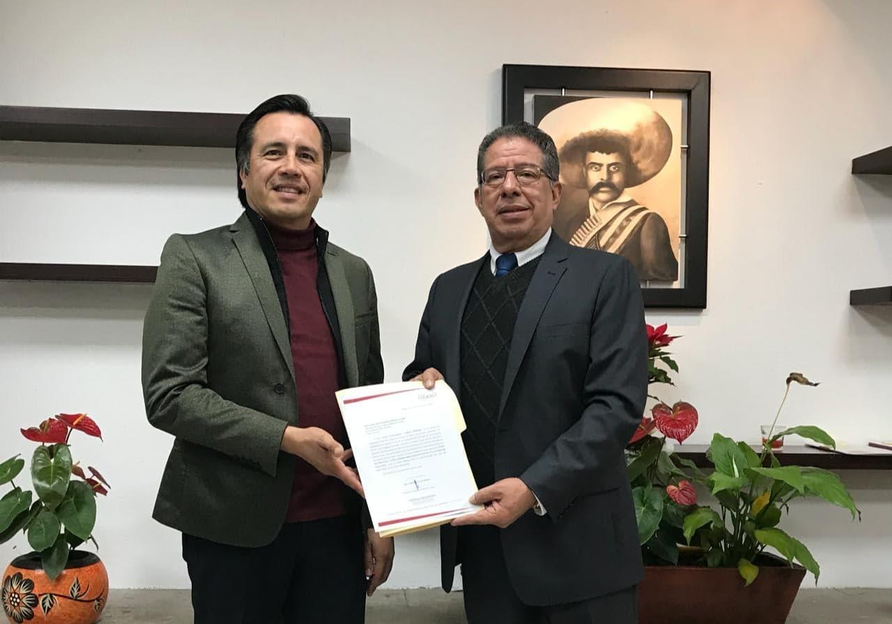 Cuitláhuac solicita al Congreso cambiar toma de posesión para la media noche